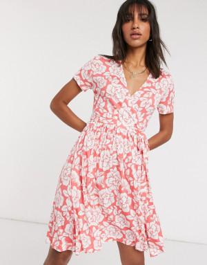 Красное трикотажное платье с запахом French Connection-Красный